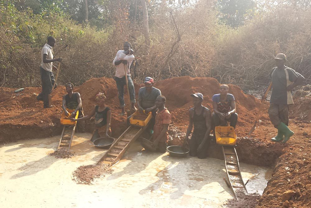 Artisanal and Small-scale Mining in Garamba National Park. Photo: Sebastien Pennes/Levin Sources